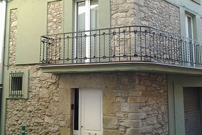 Rehabilitación de fachada de madera  en Navarcles, Manresa