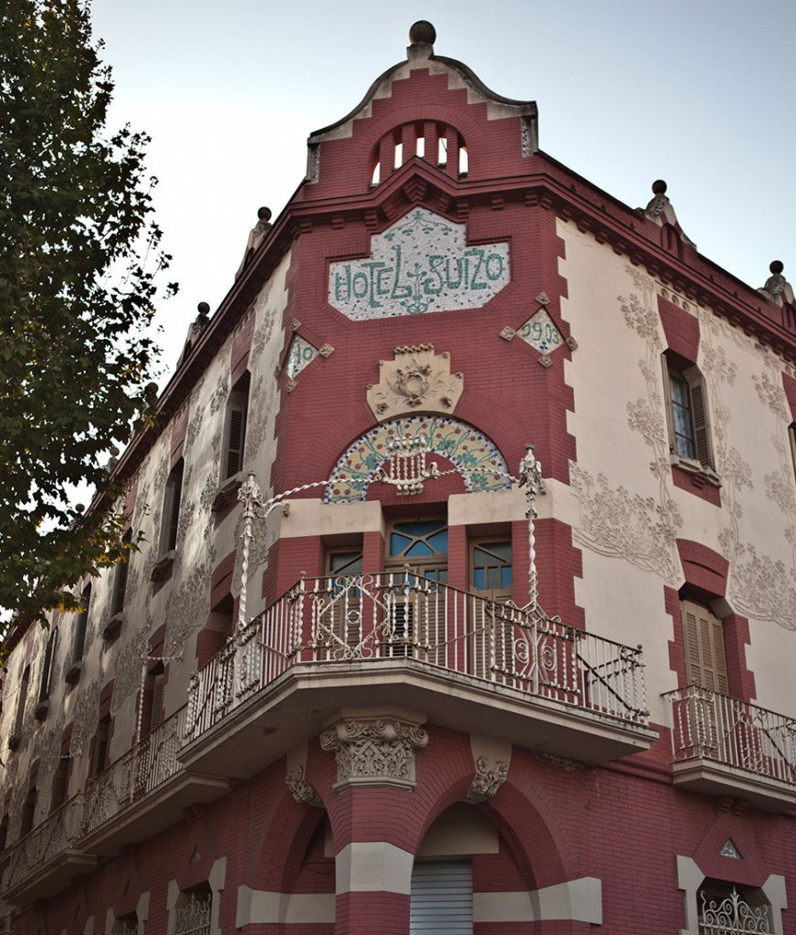 Fachada del hotel Suìs, Sabadell
