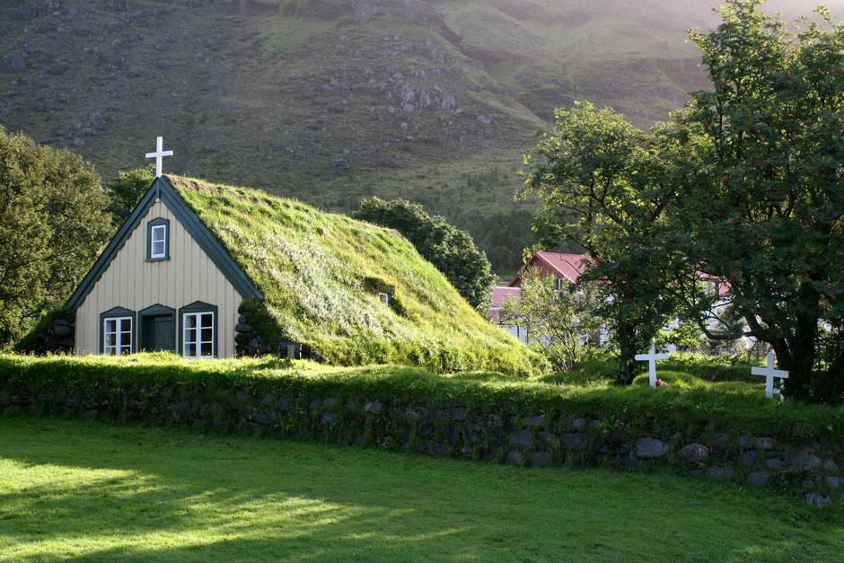 Tejado verde en iglesia de inglaterra